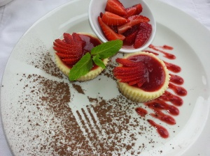 Baked strawberry cheese cake
