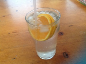 Phuza Thursday: Gin and lemonade with pineapple & jack fruit liqueur