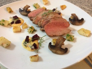 Pork fillet with potato hash, beets, bearnaise sauce