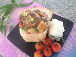Lamb curry bunny chow